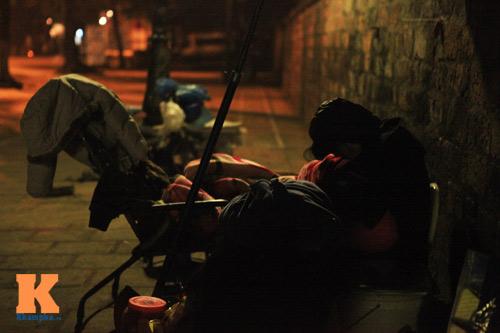 Những mảnh đời vô gia cư trong đêm đông lạnh Thủ đô - 8