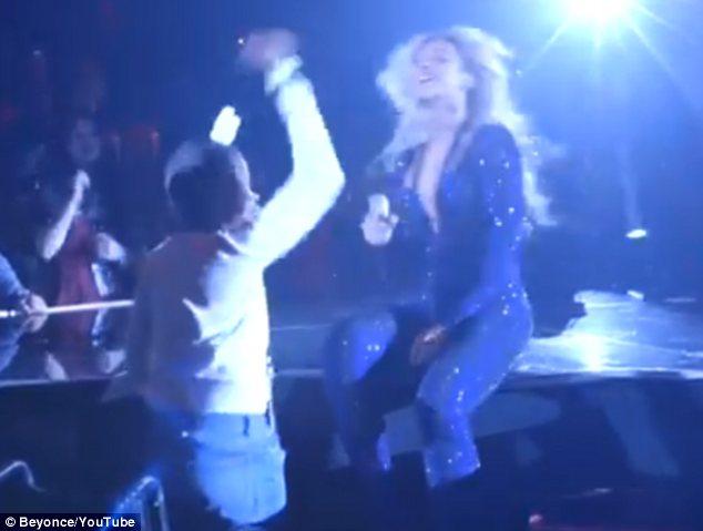 Xúc động màn nhảy của Beyonce và fan nhí ung thư - 11