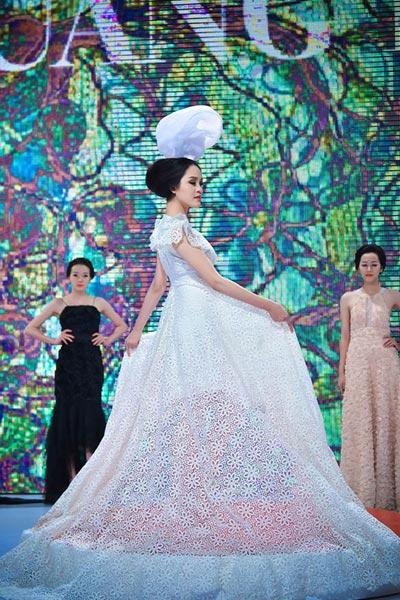 Haute Couture kết màn tuần lễ thời trang Việt - 12