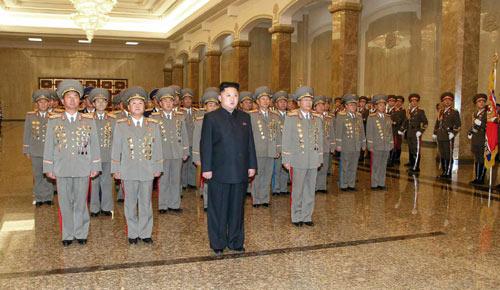 """Triều Tiên: Tướng trẻ """"đánh bật"""" cựu thần? - 1"""