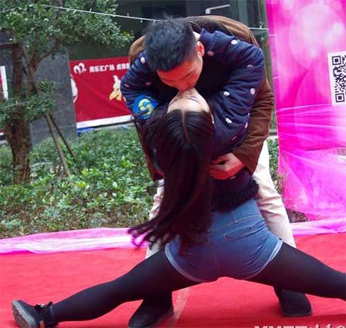 """Cuộc thi hôn """"bất thường"""" ở Trung Quốc - 3"""