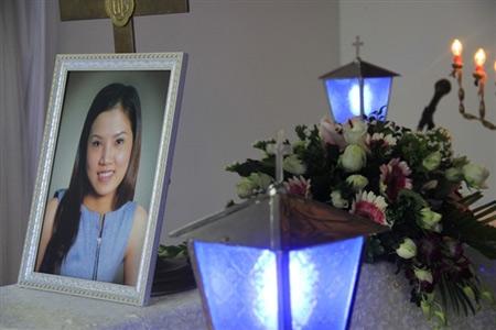Nỗi đau trong đám tang cô gái bị thiêu sống - 12