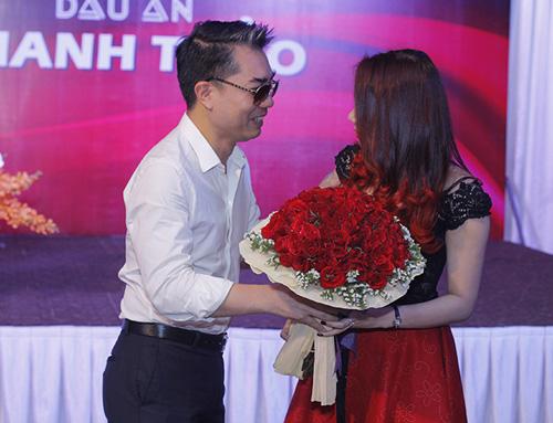 Bạn trai cũ công khai hôn Thanh Thảo - 6