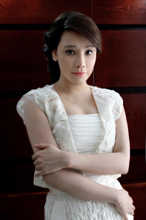 Hương Hồ gây phấn khích cho thí sinh X-Factor Việt - 1