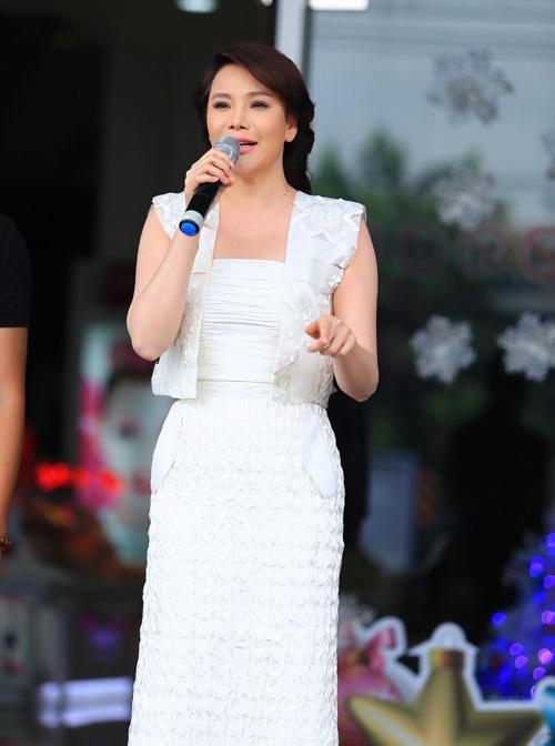 Hương Hồ gây phấn khích cho thí sinh X-Factor Việt - 4