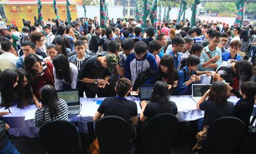 Hương Hồ gây phấn khích cho thí sinh X-Factor Việt - 2
