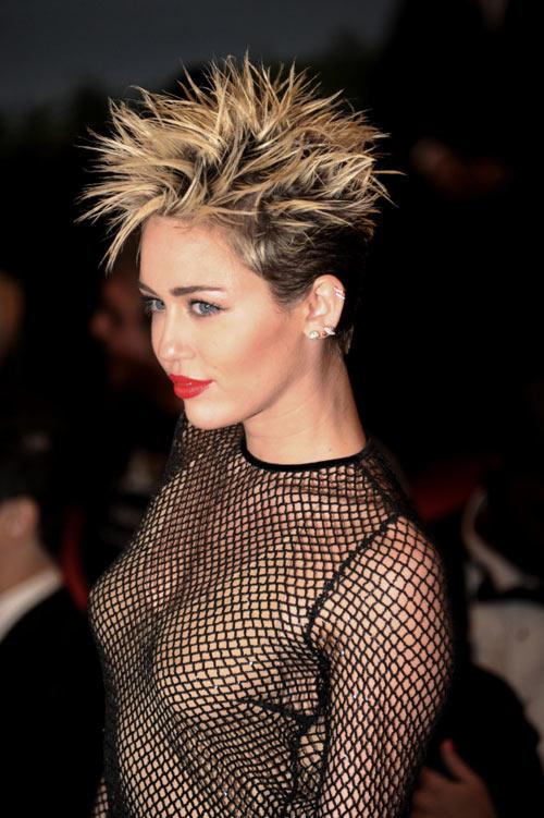 2013 - năm nổi loạn, tai tiếng của sao trẻ Hollywood - 1