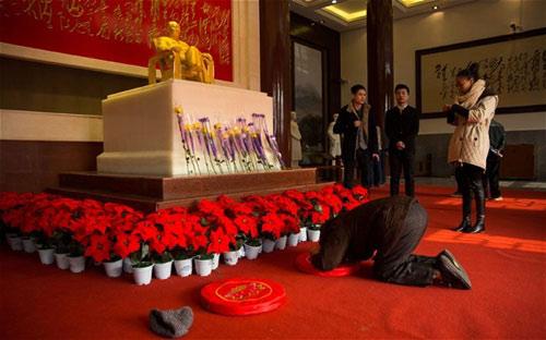 TQ: Mao Trạch Đông không phải là thần thánh - 2