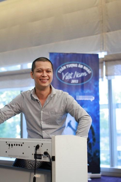 "Hot boy 16 tuổi Vietnam Idol ""gây sốt"" - 6"