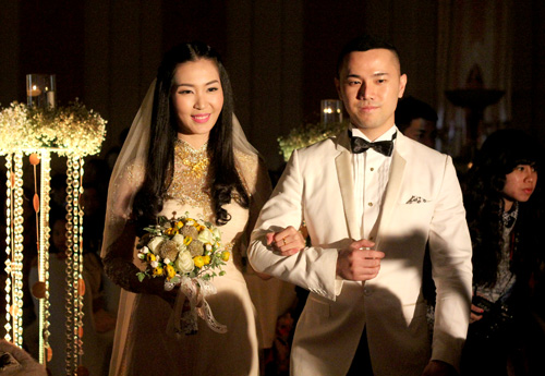 Chồng á hậu Thùy Trang đẹp như... Kim Tan! - 11