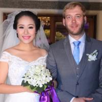 Chồng á hậu Thùy Trang đẹp như... Kim Tan! - 19