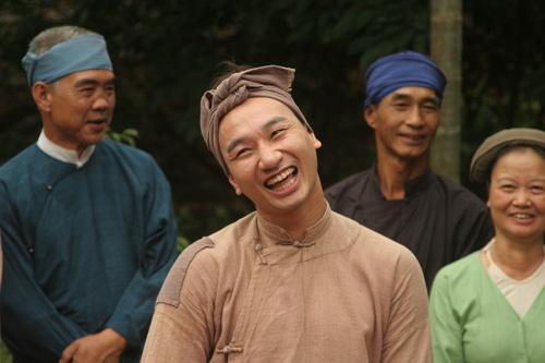 Hài Tết 2014: Xuân Hinh đối đầu Công Lý - 9