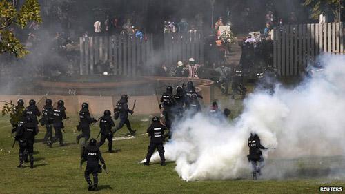 Chính phủ Thái Lan nhờ quân đội bảo vệ bầu cử - 1