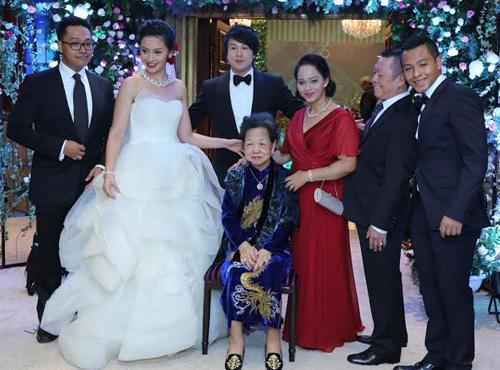Đám cưới bí mật hạng sang của Thanh Bùi - 2