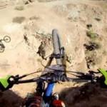 Thể thao - Lạnh người với màn biểu diễn xe đạp leo núi