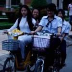 Tin tức trong ngày - Chụp ảnh HS đi xe đạp điện vi phạm gửi về trường