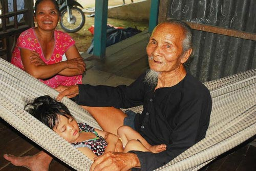 """Người thọ 100 tuổi: """"Hãy cười thật nhiều!"""" - 2"""