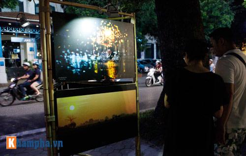Hồ Gươm rực sáng mừng kỉ niệm 60 năm giải phóng Thủ đô - 9