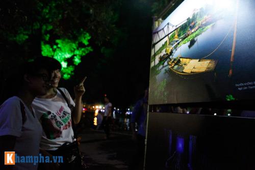 Hồ Gươm rực sáng mừng kỉ niệm 60 năm giải phóng Thủ đô - 11