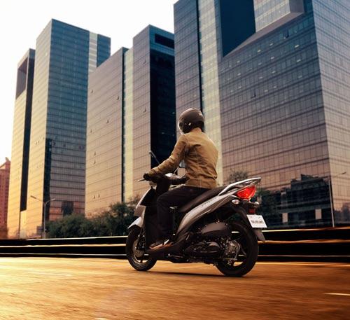Suzuki công bố xe tay ga phổ thông Adress - 5