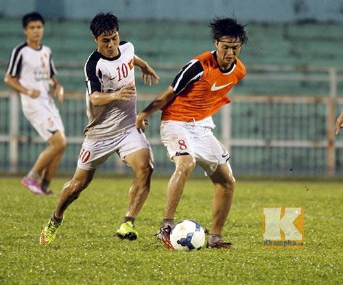 U19 VN đá tập: Thầy Giôm thay Đông Triều, fan tròn mắt - 7
