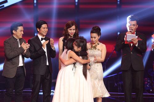 Cô bé Bình Định đăng quang The Voice Kids - 2