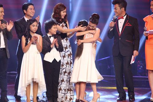 Cô bé Bình Định đăng quang The Voice Kids - 3