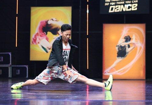 Hotboy mắt hí gây sốt ở Thử thách cùng bước nhảy - 6