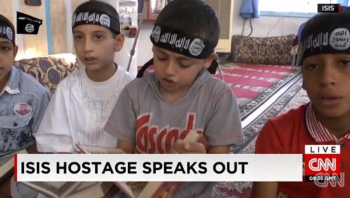 Lời thú nhận gây sốc của một cậu bé bị IS bắt cóc - 3
