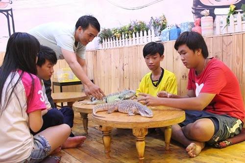 Những kiểu đầu tư hàng quán độc đáo nhất Sài Gòn - 4