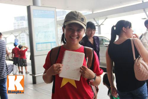 Fan hò reo tiễn U19 VN đi Myanmar so tài giải châu Á - 12