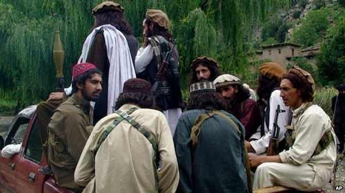 Taliban tại Pakistan thề trung thành với IS - 2
