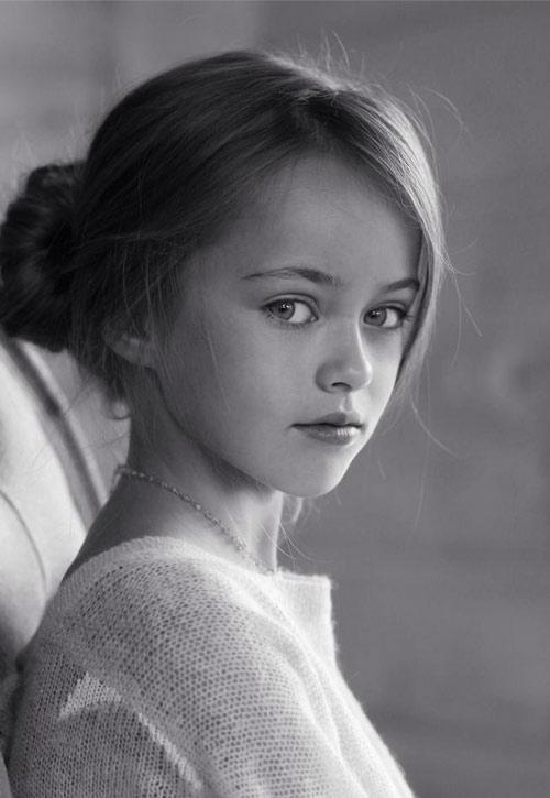 Vẻ đẹp thần tiên của cô bé xinh đẹp nhất nước Nga - 2