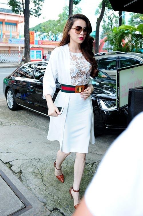 10 giai nhân Việt mặc đẹp nhất tuần qua - 12