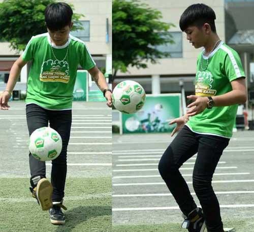 Quang Anh The Voice Kids trổ tài tâng bóng - 4
