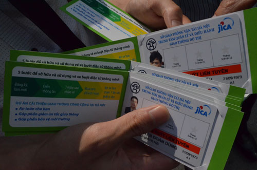 Hà Nội mở tuyến buýt đầu tiên dùng vé điện tử - 5