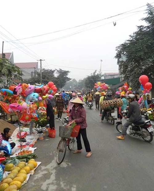 Siêu thị Việt ngậm ngùi nhìn chợ vỉa hè qua mặt - 1
