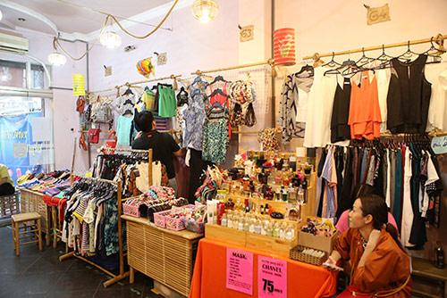 Ghé thăm chợ phiên giá rẻ của giới trẻ Sài Gòn - 4