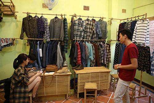 Ghé thăm chợ phiên giá rẻ của giới trẻ Sài Gòn - 12