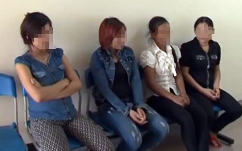 Bắt đối tượng lừa bán 3 bà bầu sang Trung Quốc - 3