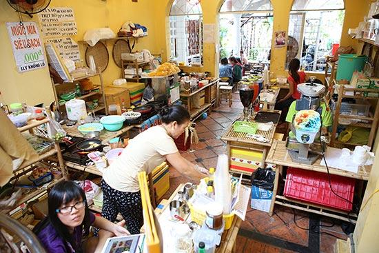 Ghé thăm chợ phiên giá rẻ của giới trẻ Sài Gòn - 20