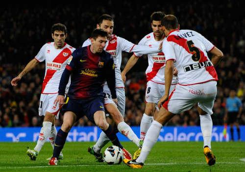 Tiêu điểm Liga V7: Messi không thể theo kịp Ronaldo - 2