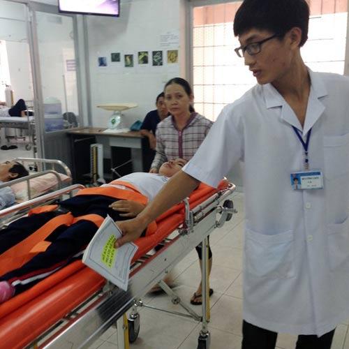 9 học sinh nhập viện sau khi tiêm vắc-xin sởi, rubella - 1