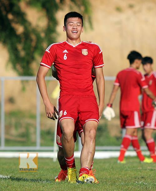 Thần đồng U19 Trung Quốc gây ấn tượng trên sân tập - 7
