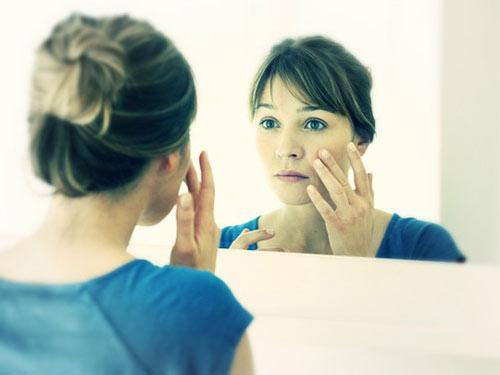 Những dấu hiệu trên khuôn mặt tiết lộ bệnh tật - 1