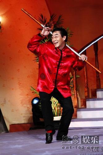 """""""Tôn Ngộ Không"""" đề cử kỷ lục thế giới cho màn múa gậy - 6"""
