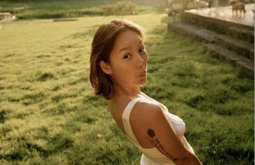 Hé lộ 100 viên kim cương trên vương miện của Lee Hyori - 6