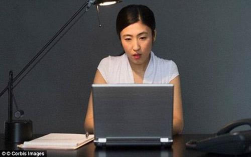 Làm việc trong văn phòng thiếu cửa sổ khiến nhân viên giảm tuổi thọ - 1