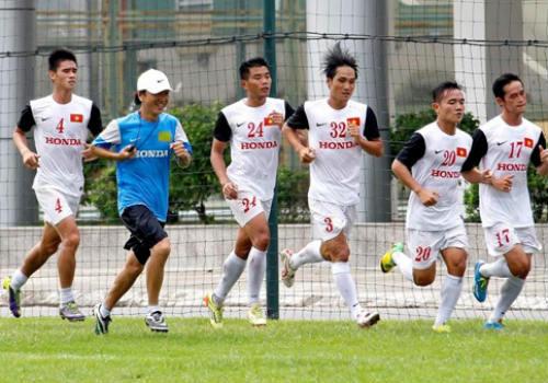 """Bóng đá Việt Nam và """"cú hích"""" từ U19 - 1"""