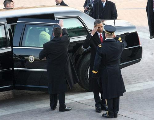 10 tiết lộ về siêu xe của Tổng thống Obama - 10